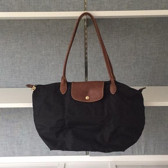 02151f8c7516 Longchamp Handbags - Longchamp Le Pliage Large Black Tote Bag Used